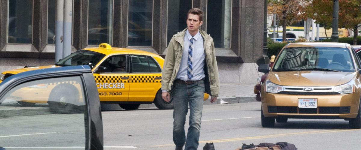 VANISHING ON 7th STREET (2010)